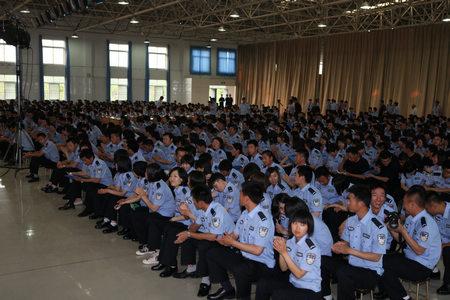 """【进校园之""""河南行""""】一团走进河南警察学院"""
